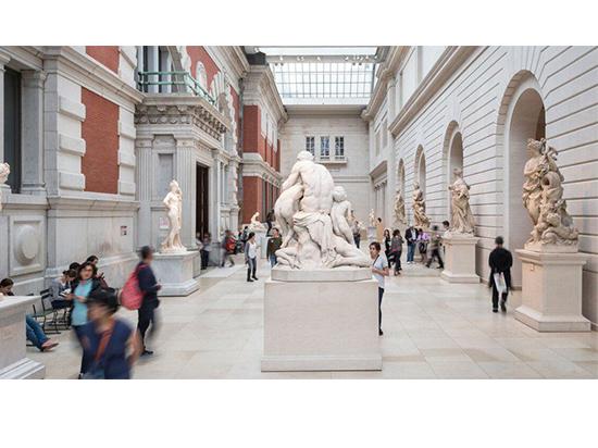 Мет-музей меняет директора