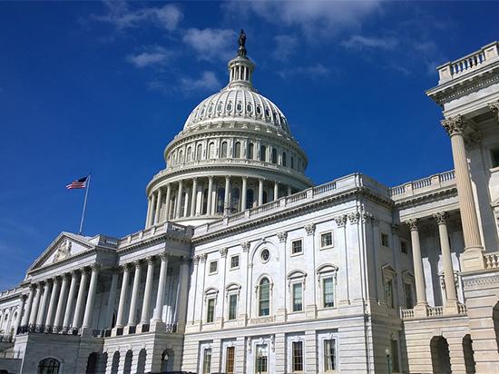 Конгрессмены США требуют отнять зятя Дональда Трампа допуска ксекретными данным
