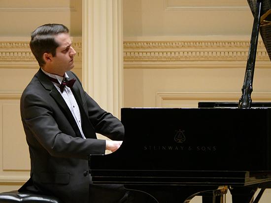 О концерте Никиты Мндоянца в Карнеги холл
